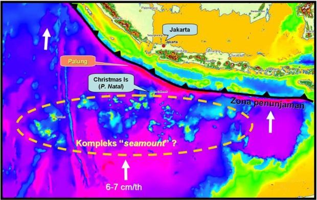 Penyebaran gunung laut di indonesia